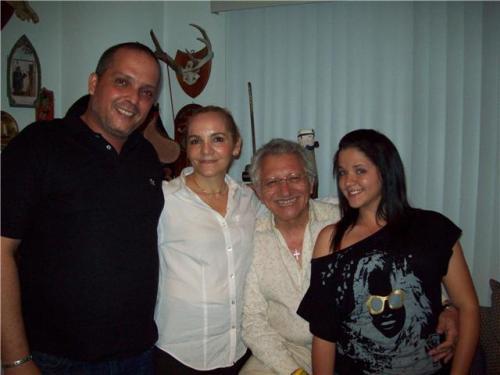 EDUARDO, NANCY, AMAURI Y LA HIJA DE EFREN PERAZA