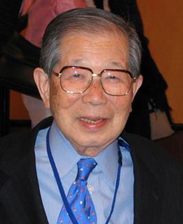 dr-shigeaki-hinohara_blue-shirt